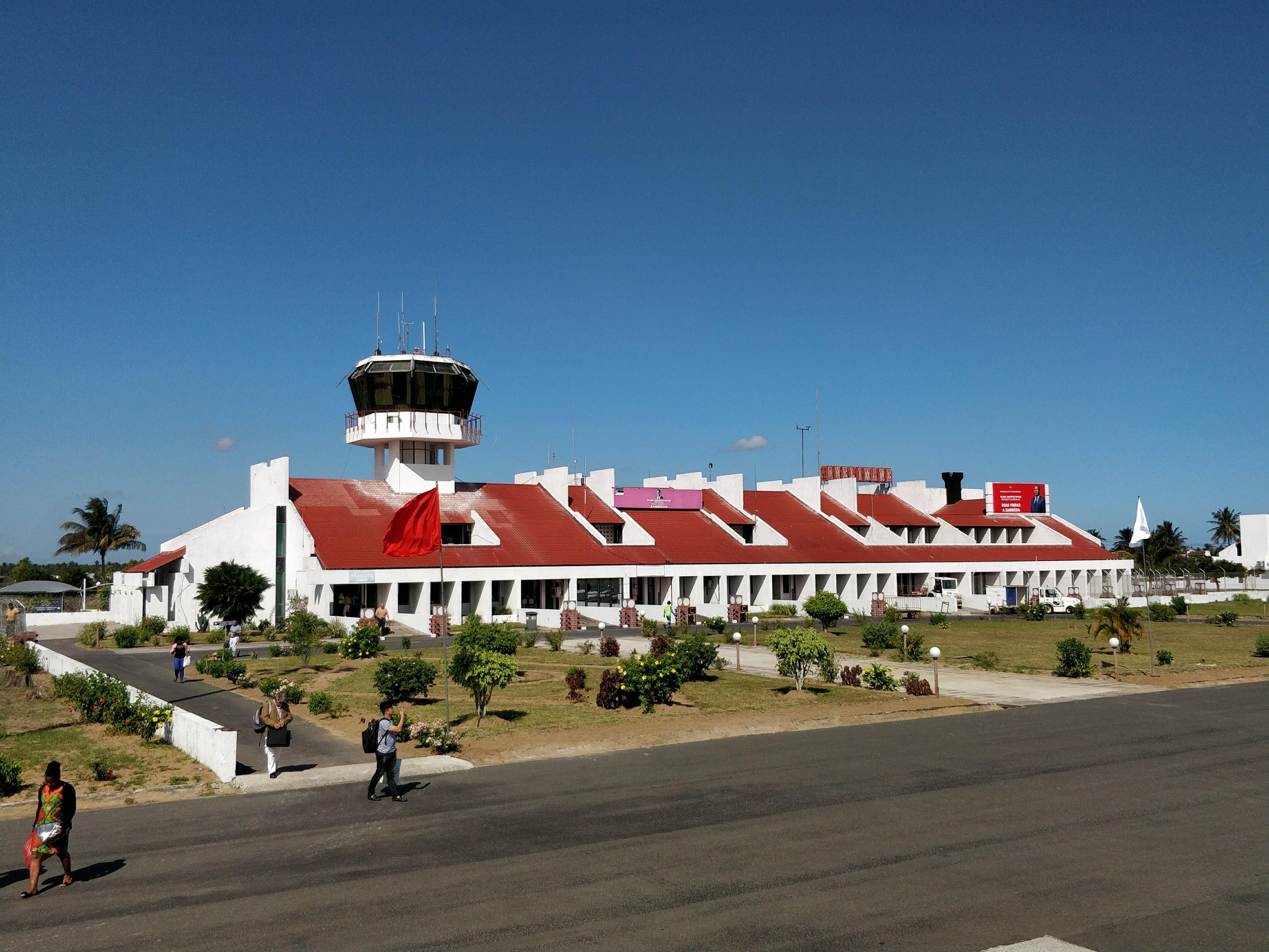 Aeroporto De Quelimane : File quelimane airport mozambique g wikipedia