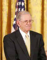 Robert E. Kahn.jpg