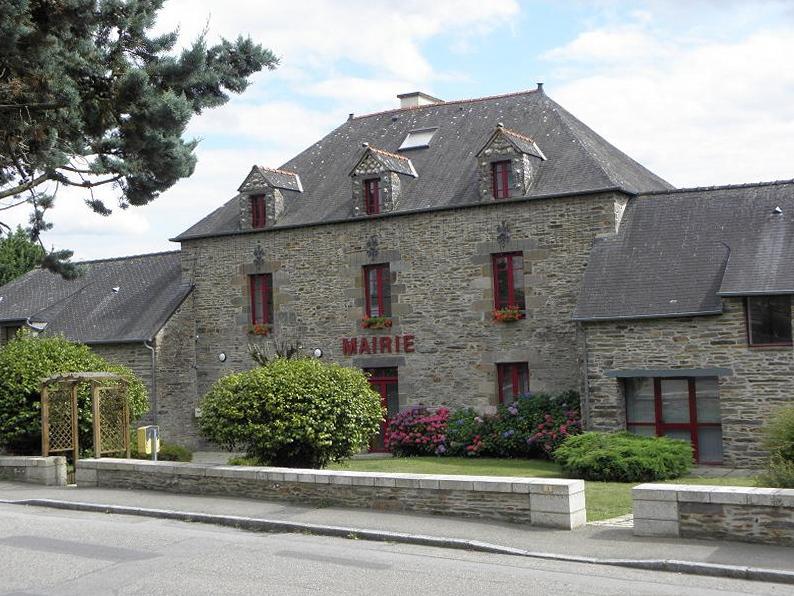 Mairie de Saint-Just (Ille-et-Vilaine, Bretagne, France).