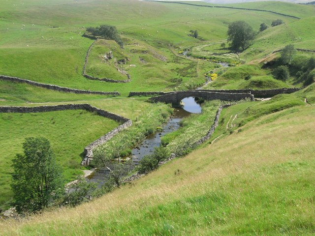 Smardale Bridge - geograph.org.uk - 1094818