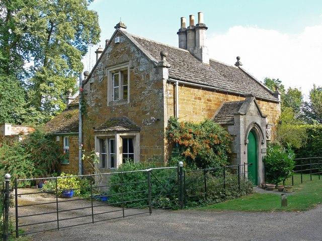 South Lodge at Rockingham Castle - geograph.org.uk - 564131