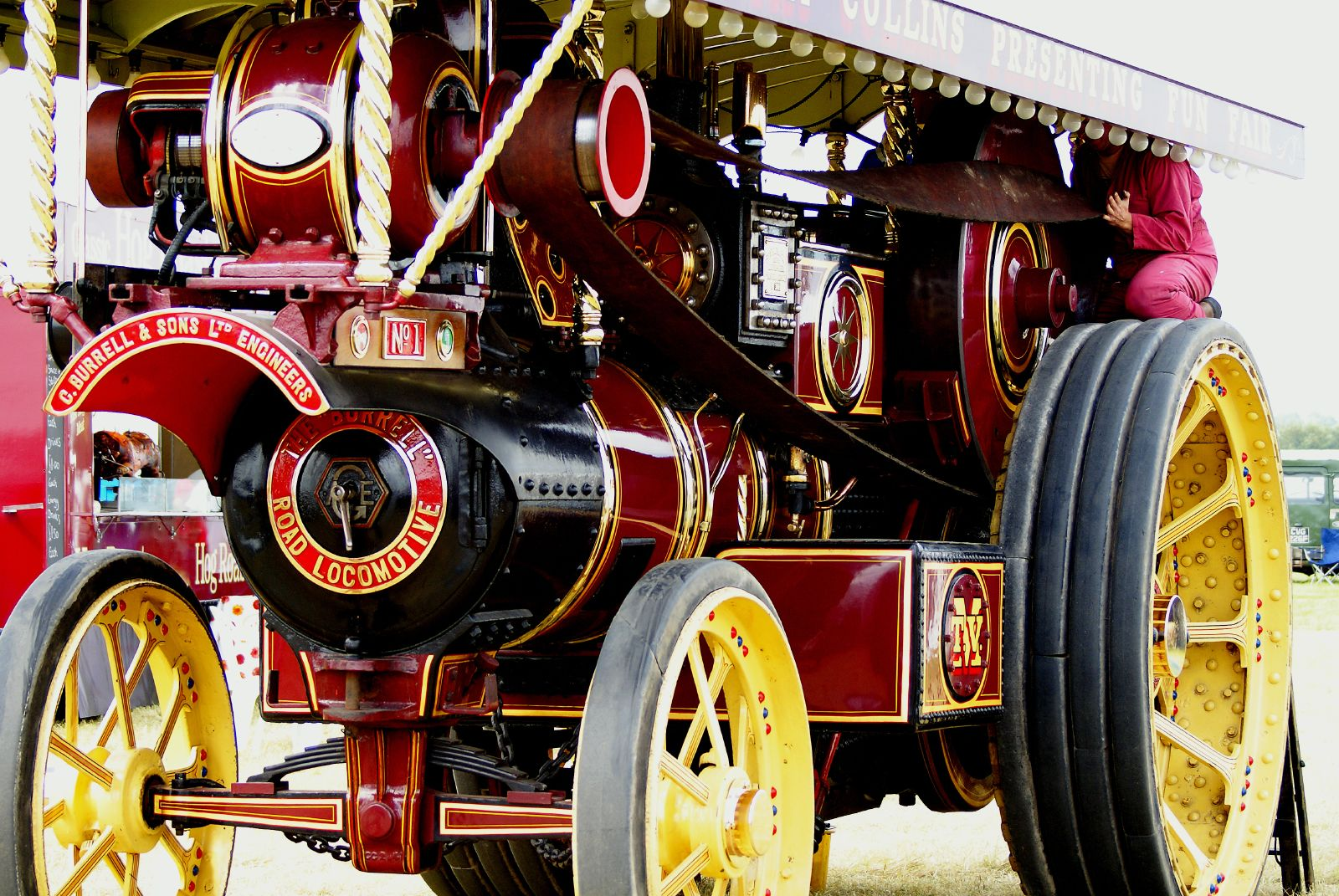 Description steam and traction engines 2620714407 jpg
