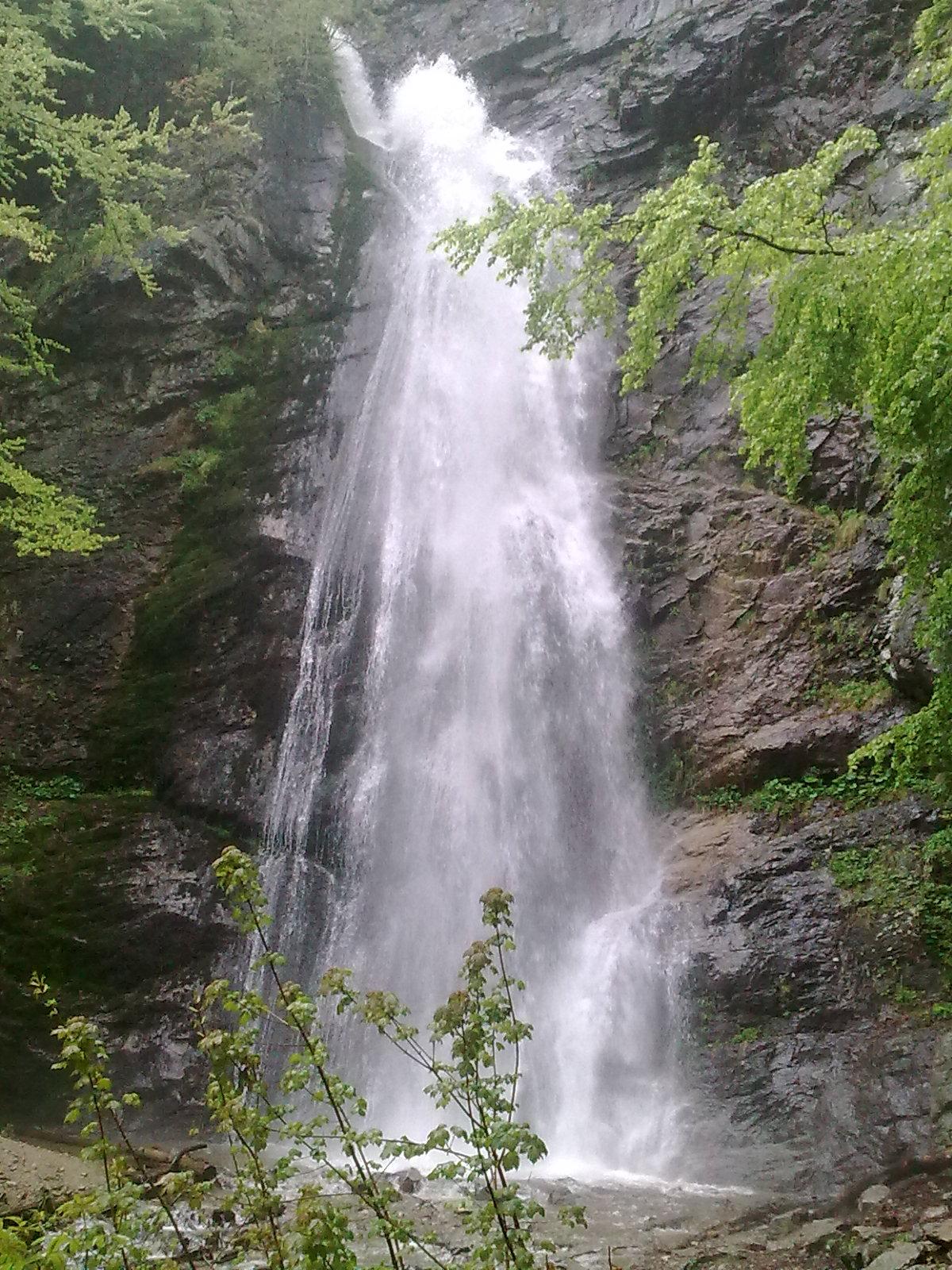 Šútovský vodopád v Malej Fatre (výška 38 m)
