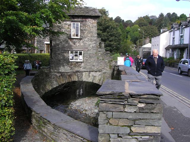 The Bridge House, Ambleside - geograph.org.uk - 1529518