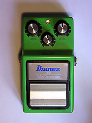 Photo en couleur de la pédale d'overdrive Ibanez TS-9