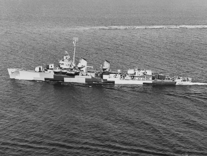 USS Killen (DD-593) off Richmond Beach, Washington, 8 June 1944.