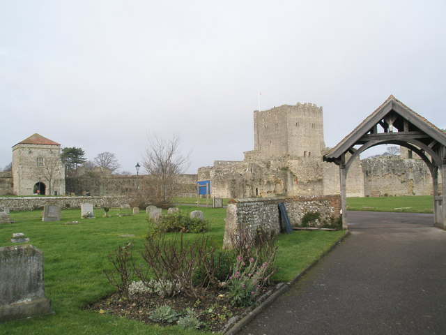 File:View past the Lych Gate towards The Keep and Land Gate - geograph.org.uk - 1085444.jpg