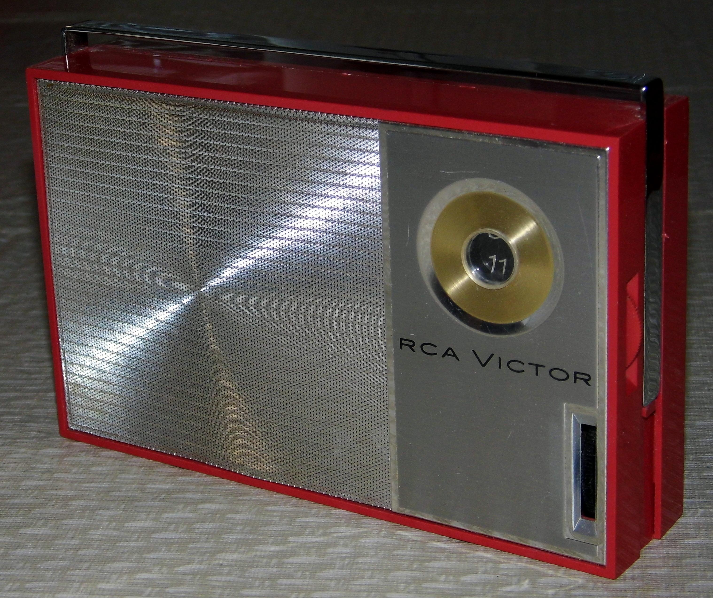 file vintage rca victor transistor radio model 4rg23. Black Bedroom Furniture Sets. Home Design Ideas