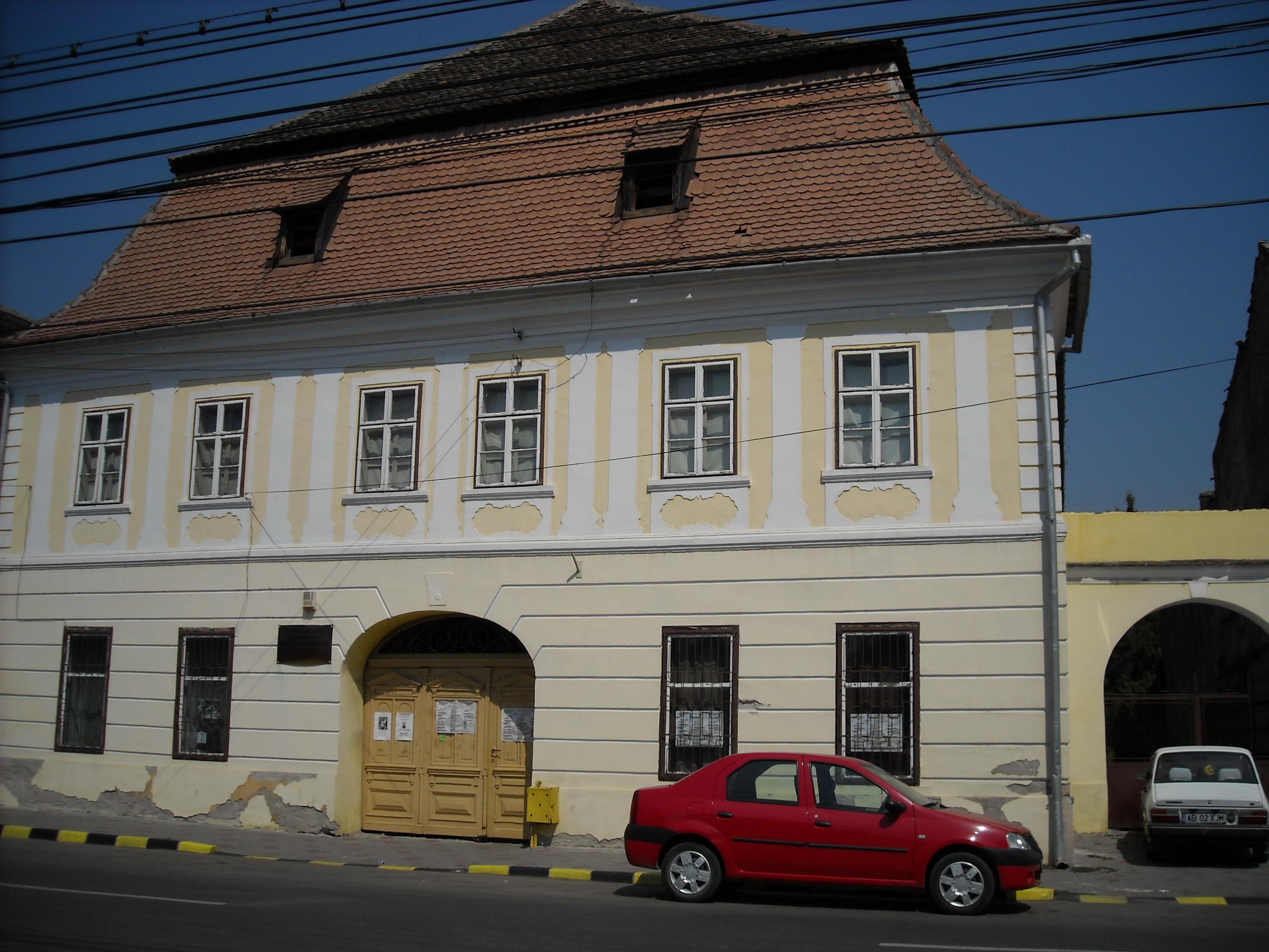 ファイル zapolya building sebes jpg wikipedia