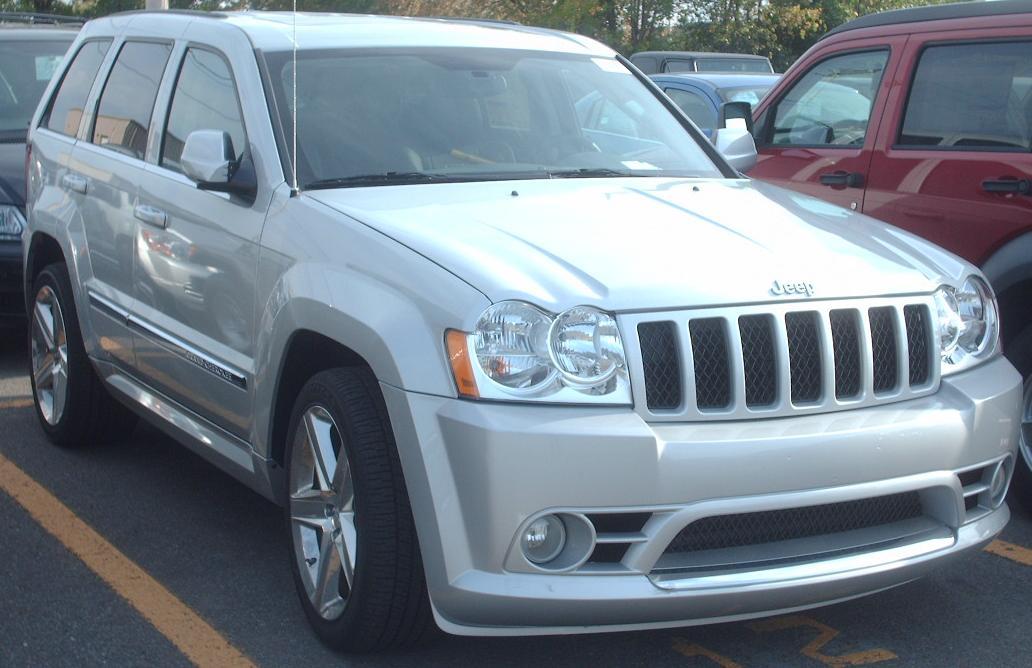 08 Jeep grand cherokee srt8