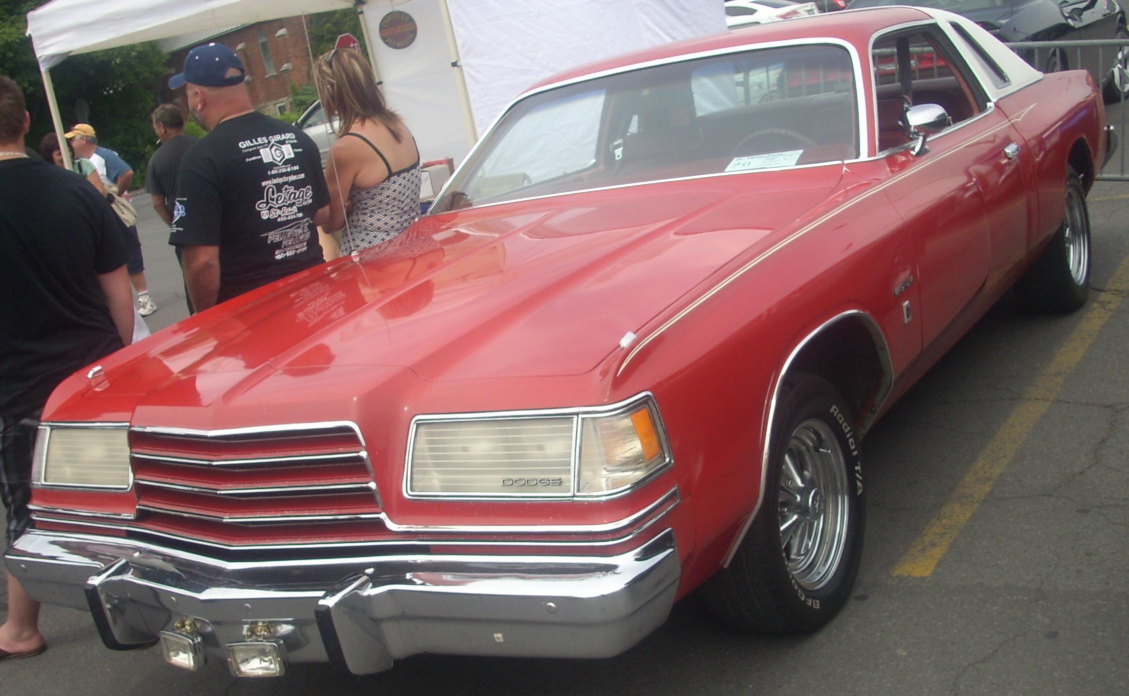 File:'78 Dodge Magnum (Remblement Mopar Valleyfield '10).jpg ...