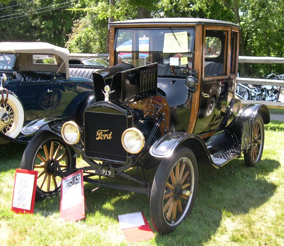 1919. gada Ford Model T. Avots: Wikipedia