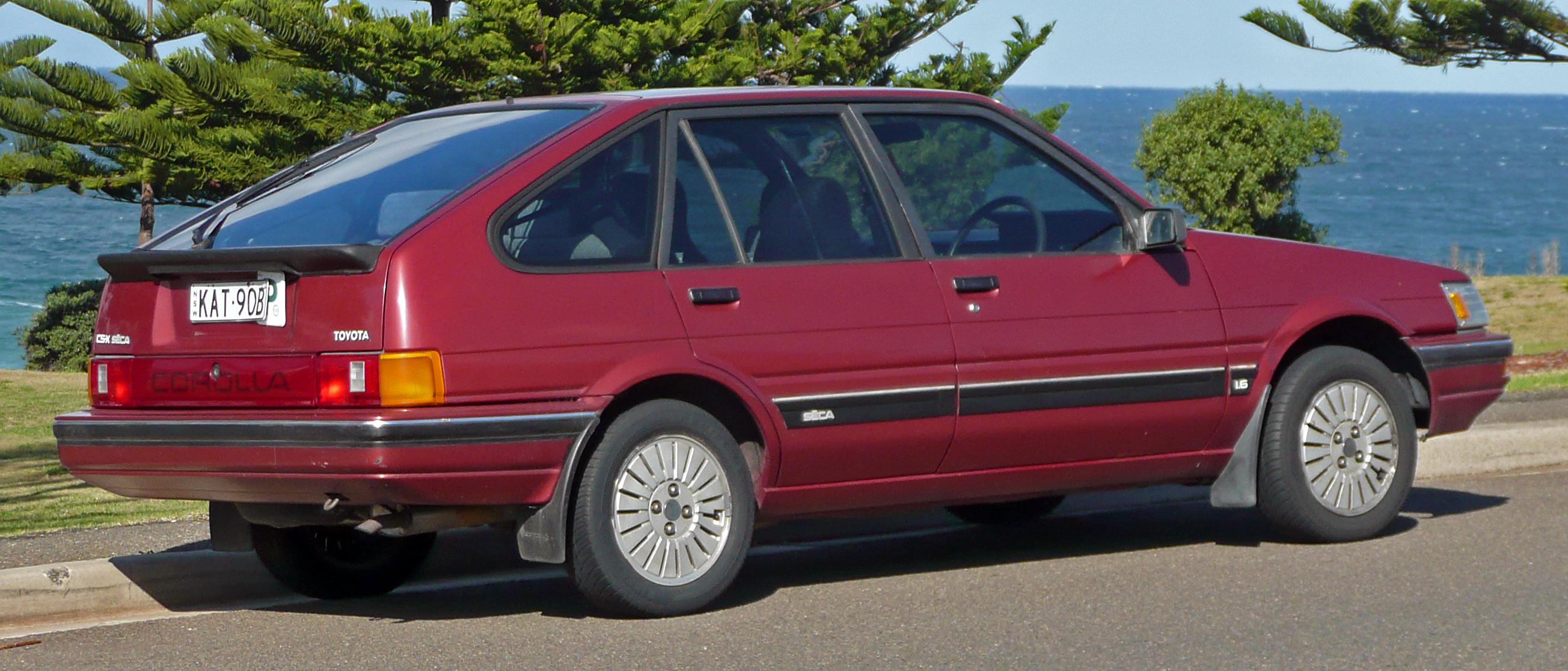 file 1986 1989 toyota corolla ae82 csx seca liftback 02 jpg rh commons wikimedia org 2014 Toyota Corolla 1995 Toyota Corolla