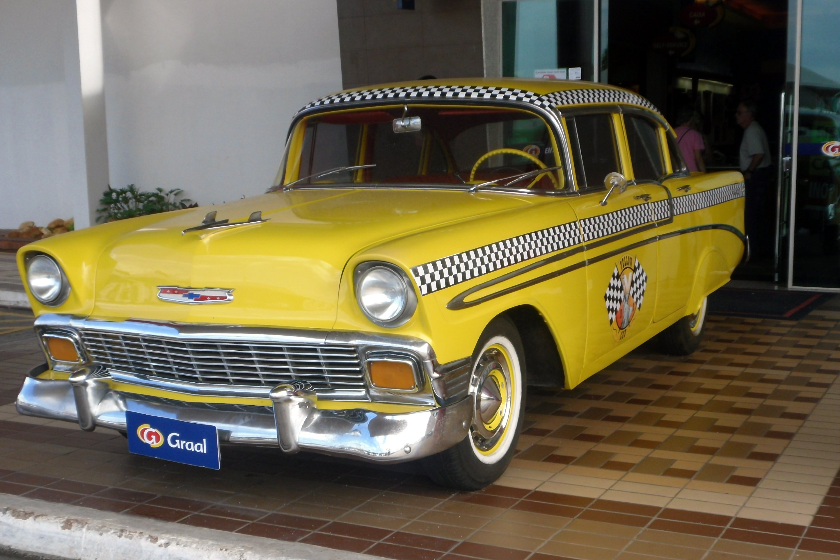 File 2 Yellow Taxi Graal Brazil Jpg Wikimedia Commons