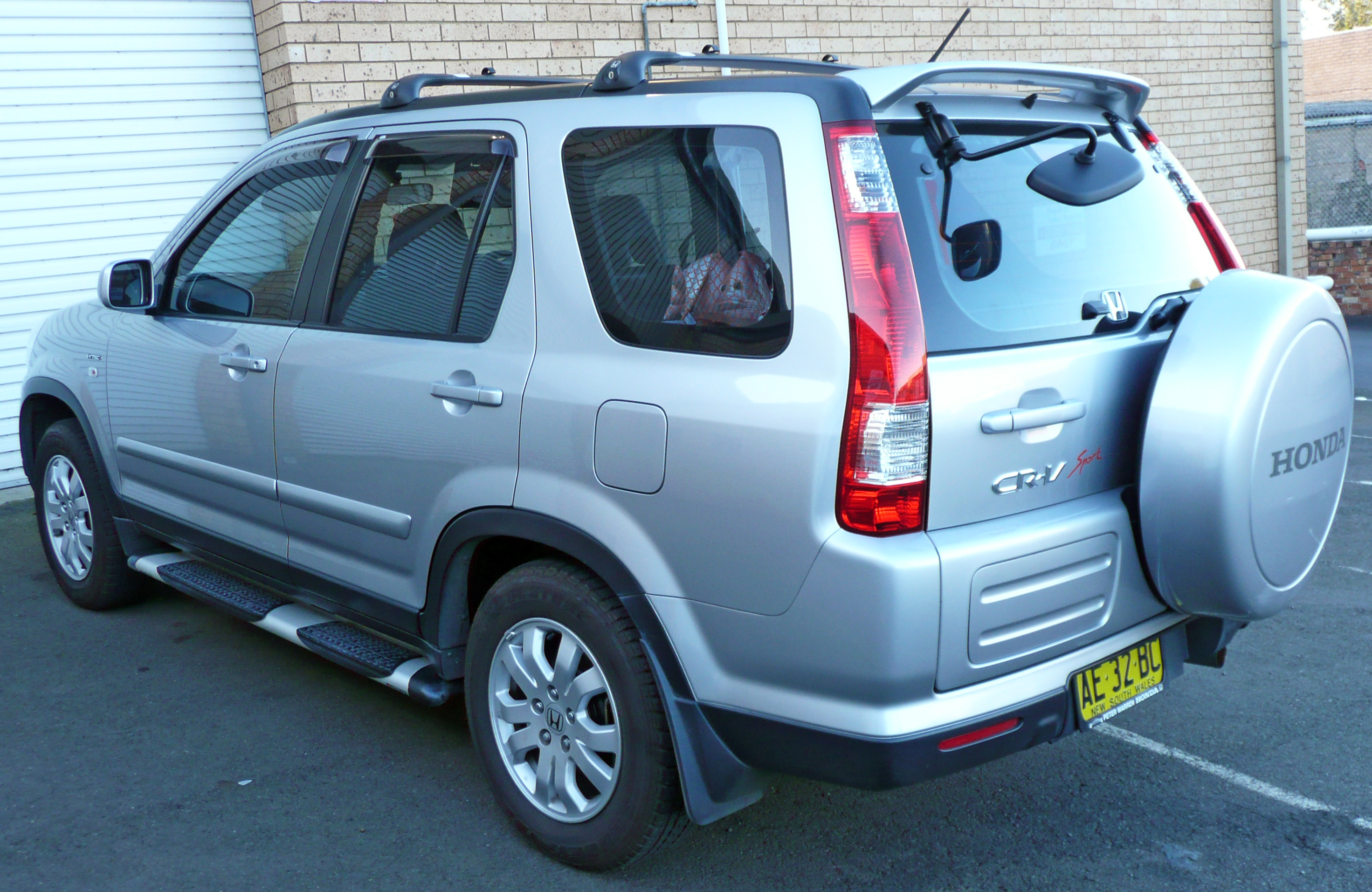File:2005 Honda CR-V (RD7 MY05) Sport wagon (2009-