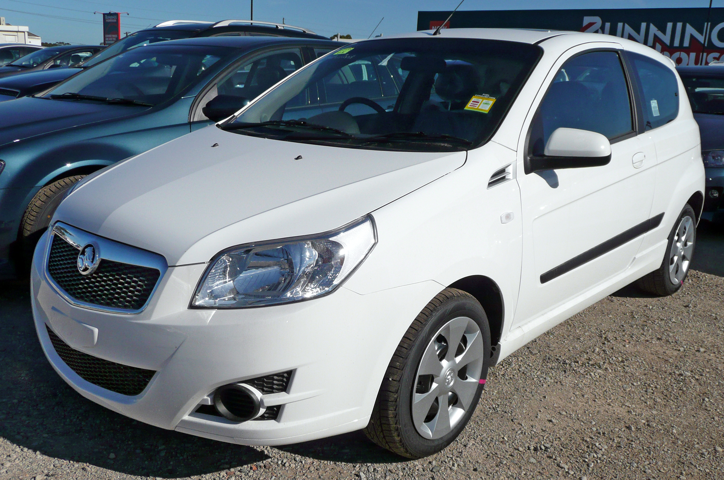 File 2009 Holden Tk Barina My10 3 Door Hatchback 01 Jpg