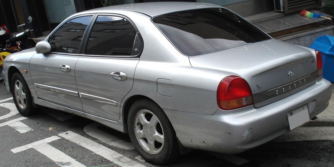 File 20100902 Hyundai Ef Sonata 2 Jpg Wikimedia Commons