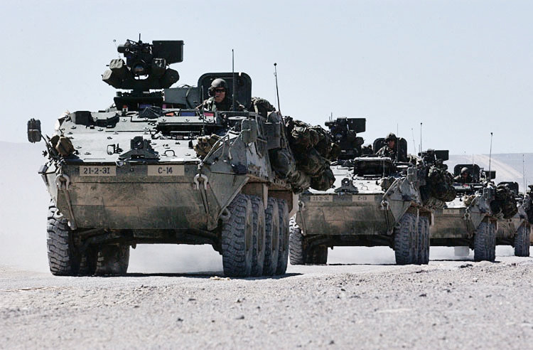 """Operação """"Espingarda da Paz"""" - Página 2 3rd_Brigade,_2nd_Infantry_Division_Stryker_convoy"""