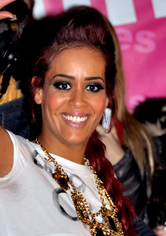 File:Amel Bent NRJ Music Awards 2013.jpg