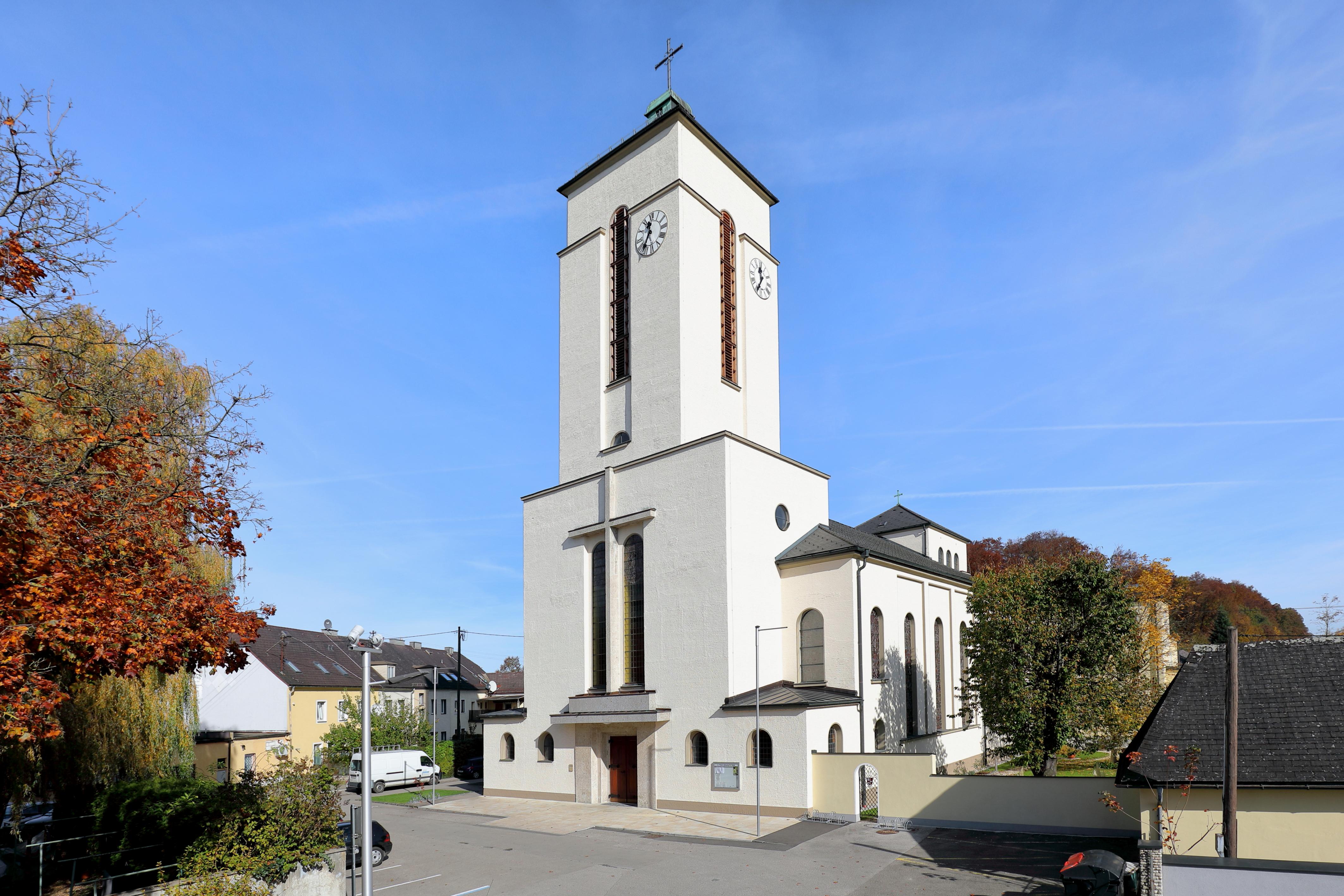 Singles aus Attnang-Puchheim kennenlernen LoveScout24