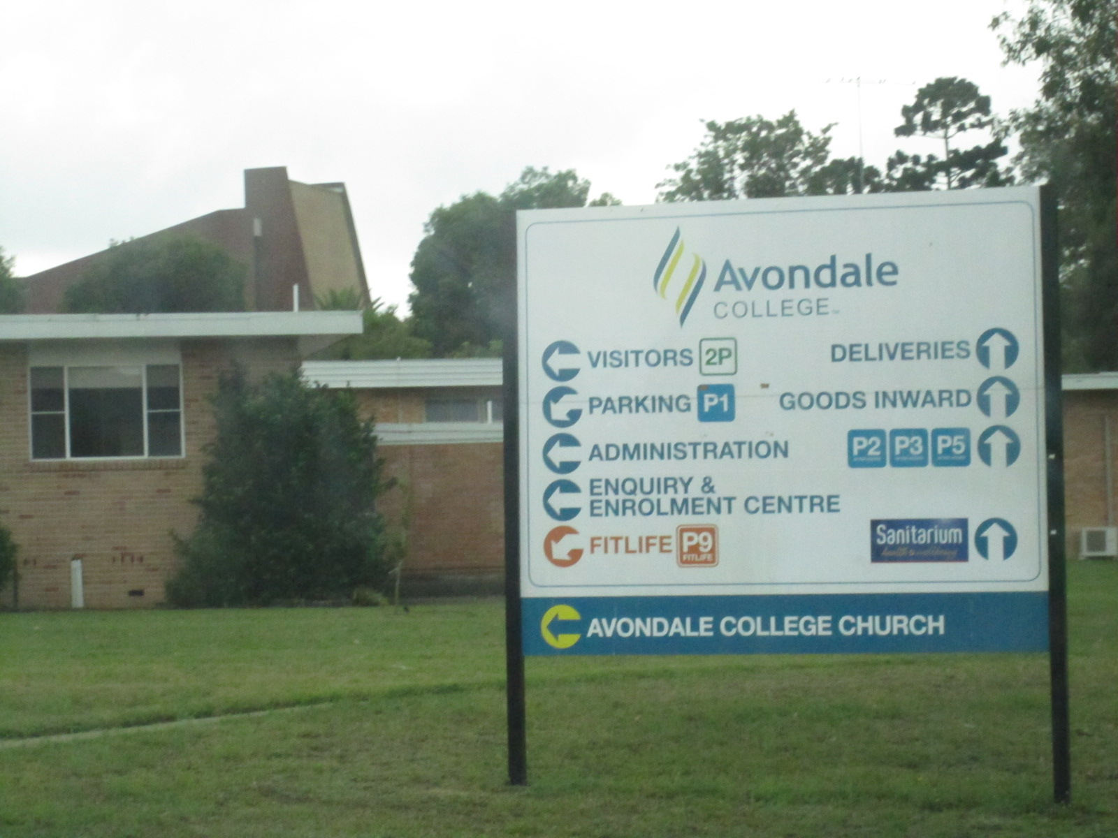 Avondale College - Wikipedia