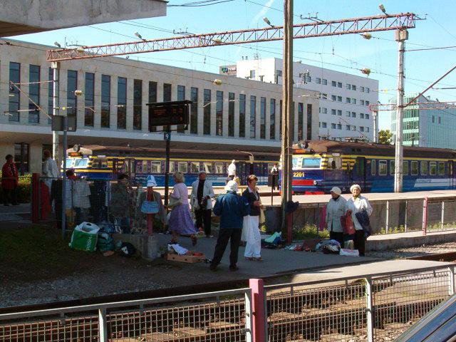 f09239607e7 Vaade Balti jaamale põhjast, Kopli tänava poolt (2009). Balti jaam (ka  Tallinna ...