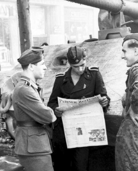 Bundesarchiv Bild 101I-721-0395-13, Paris, Panzereinheit der Waffen-SS.2