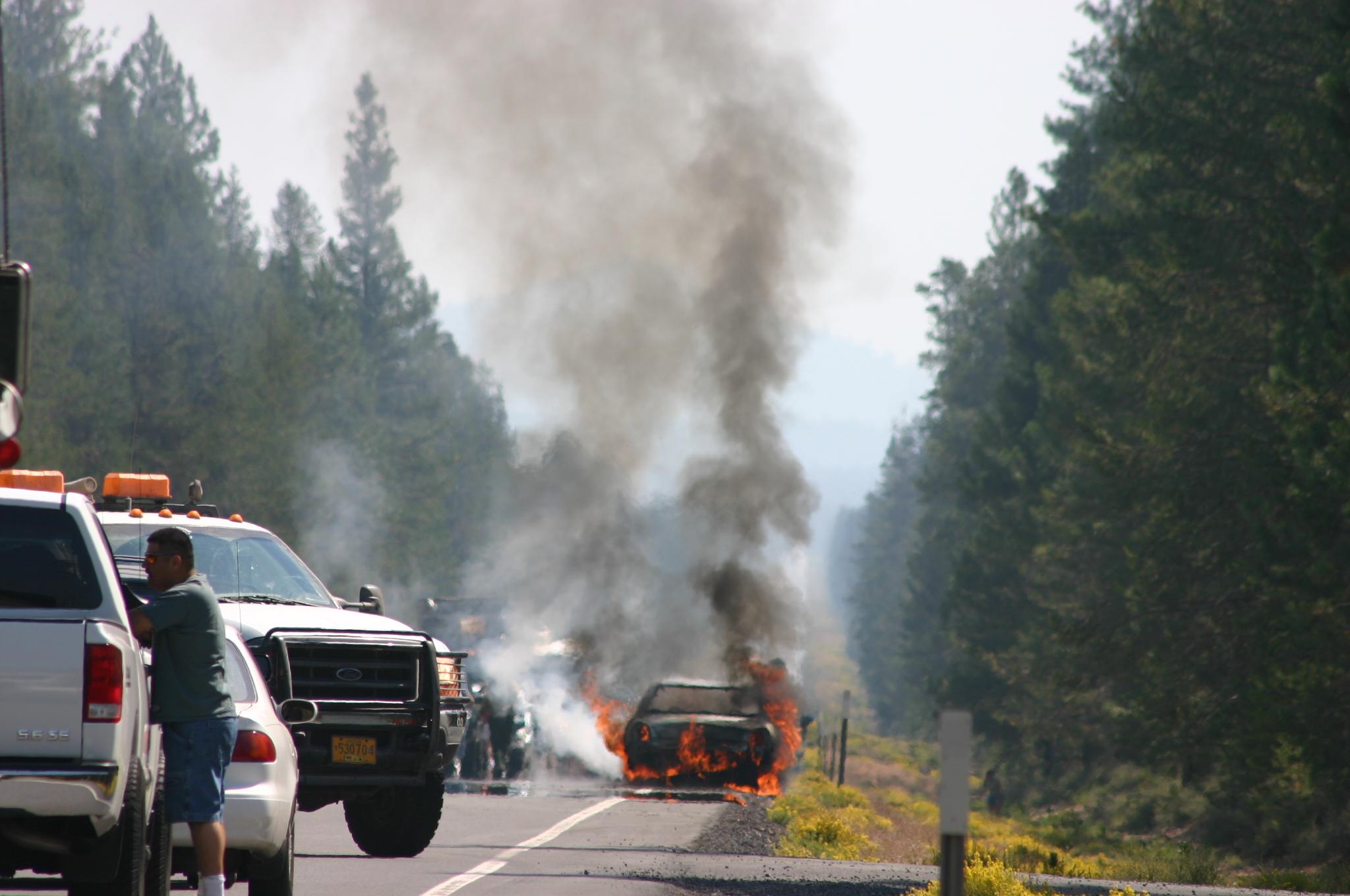 accident : voiture en feu