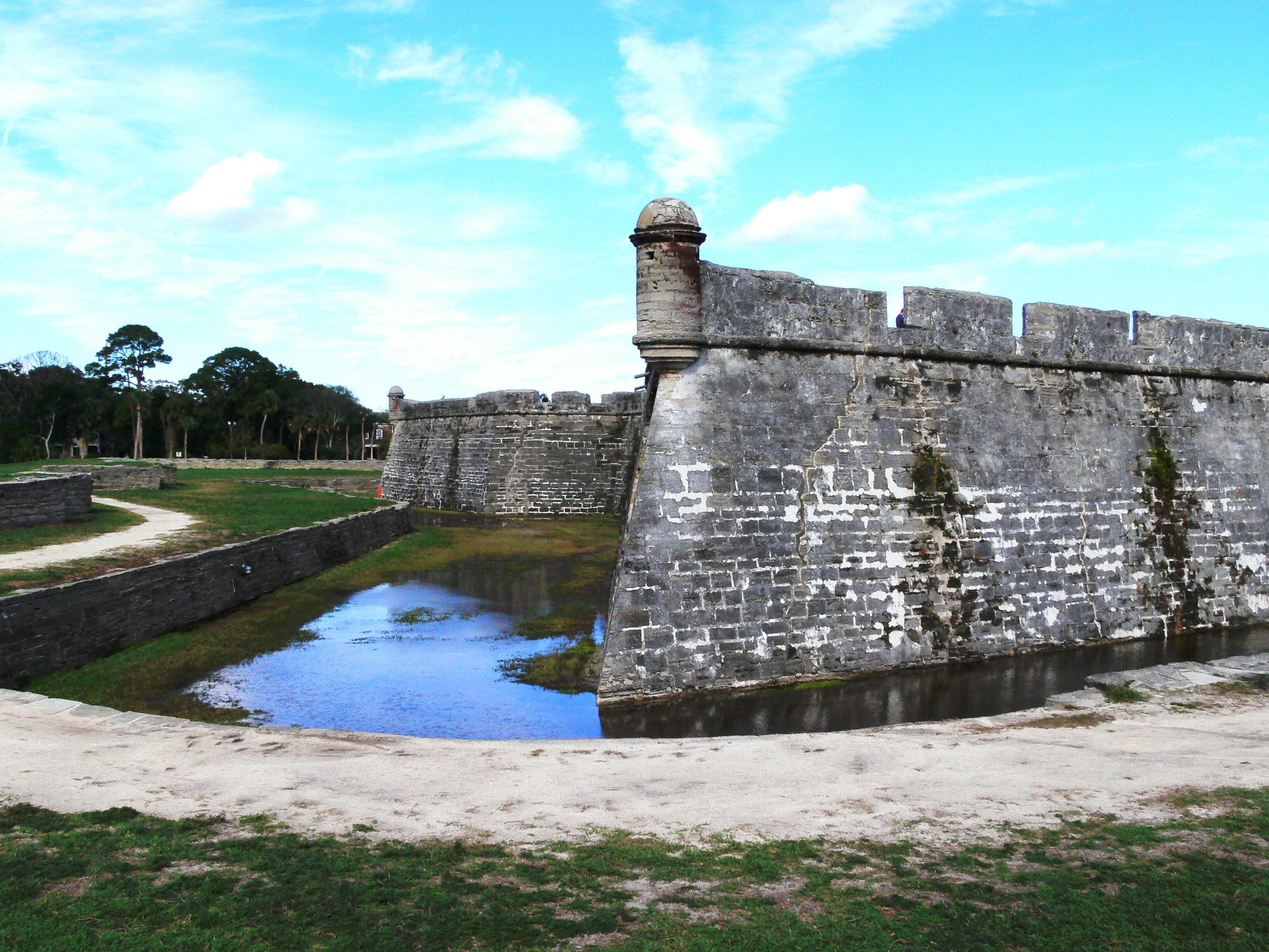 File:Castillo de San Marcos National Monument.JPG - Wikimedia Commons