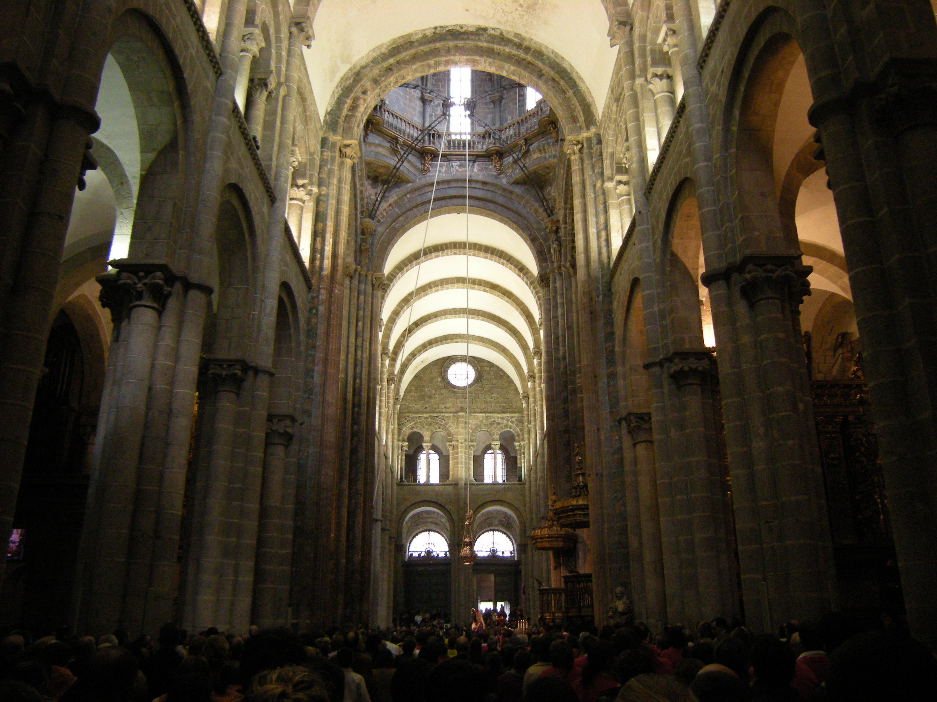 File cathedral of santiago de wikimedia - Interior santiago de compostela ...