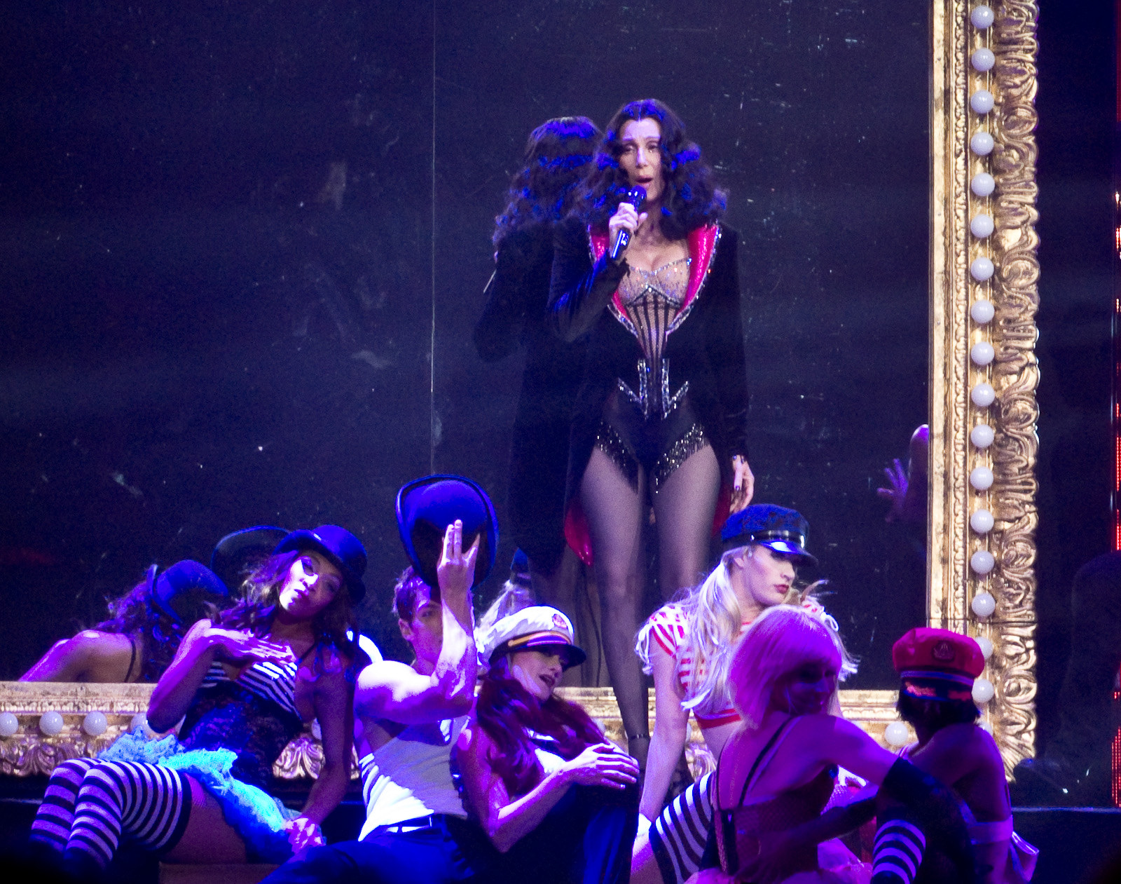 File:Cher Burlesque2 D2K.jpg - Wikimedia Commons