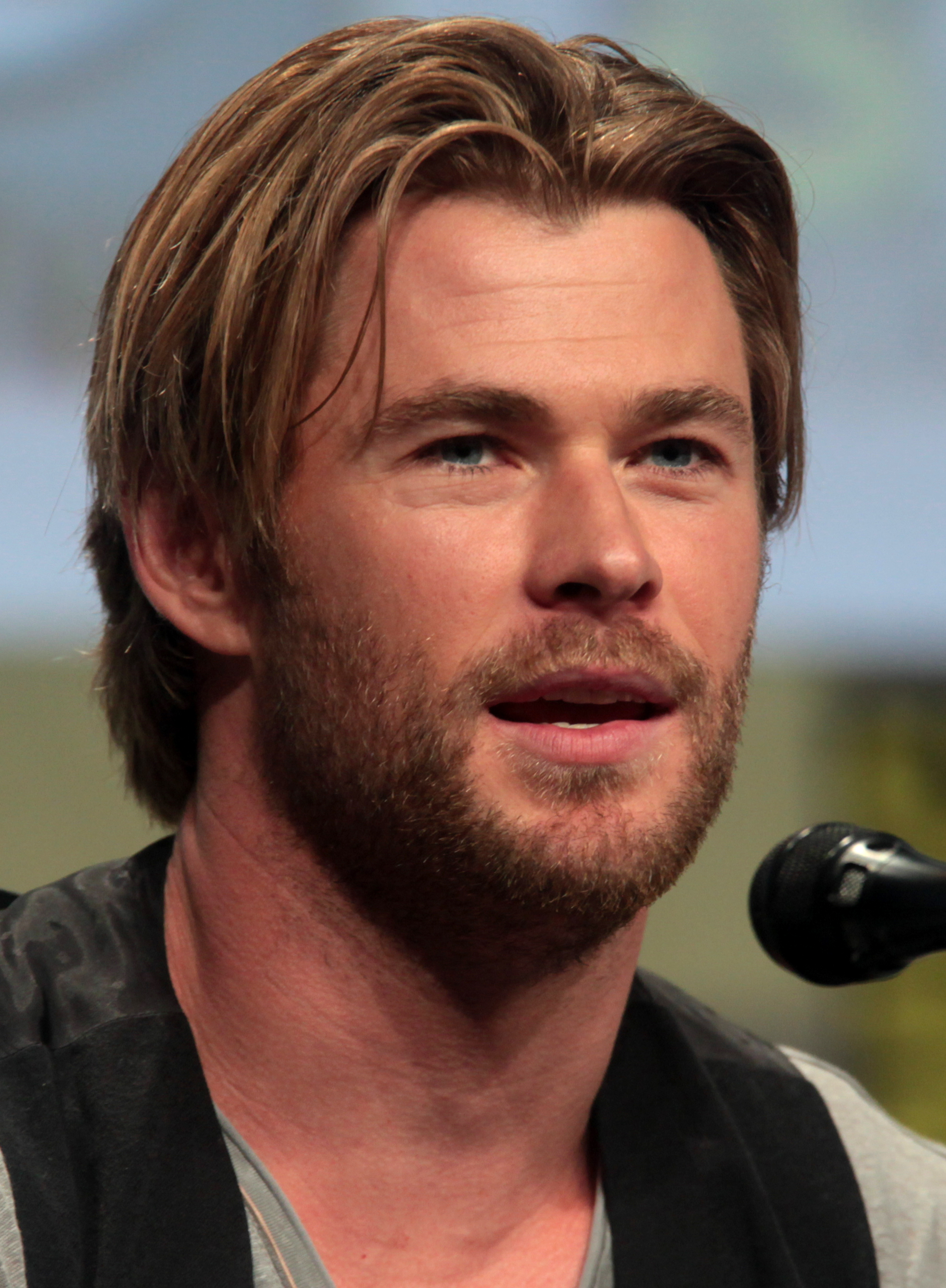 Chris Hemsworth SDCC 2...