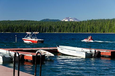 Cultus lake oregon wikipedia for Cabins at cultus lake