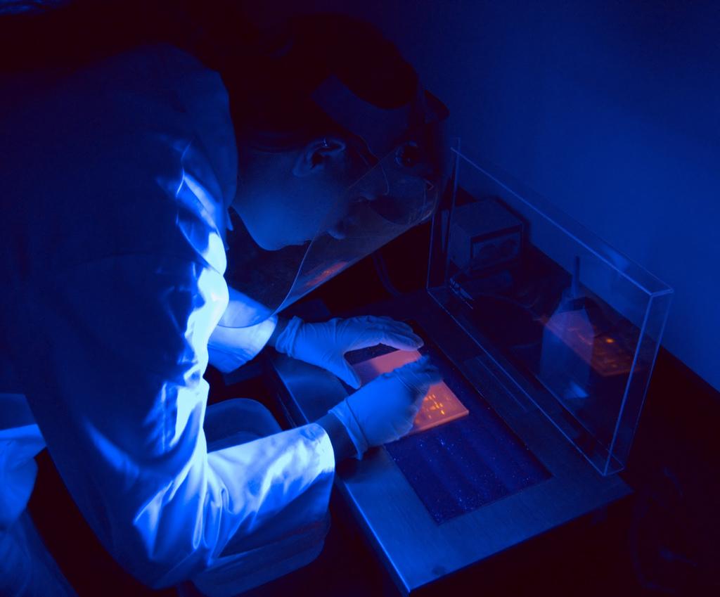 Telefonunuzdan yayılan mavi ışığa dikkat!