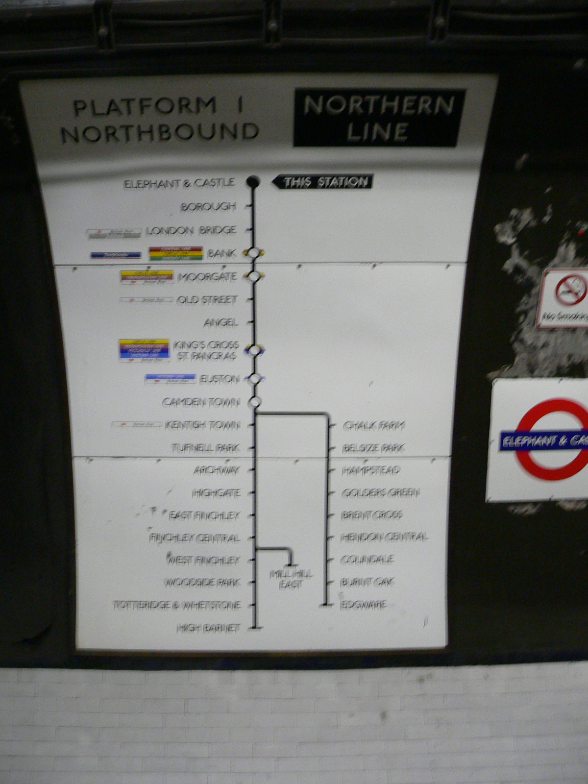 FileElephant Castle Tube Station Northbound Northern Line Map - Northern line map london
