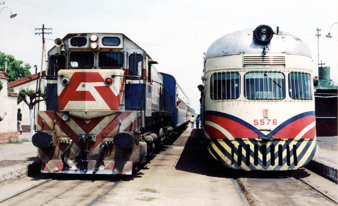 Ferrocarril domingo faustino sarmiento wikipedia la for Paginas de espectaculos argentinos