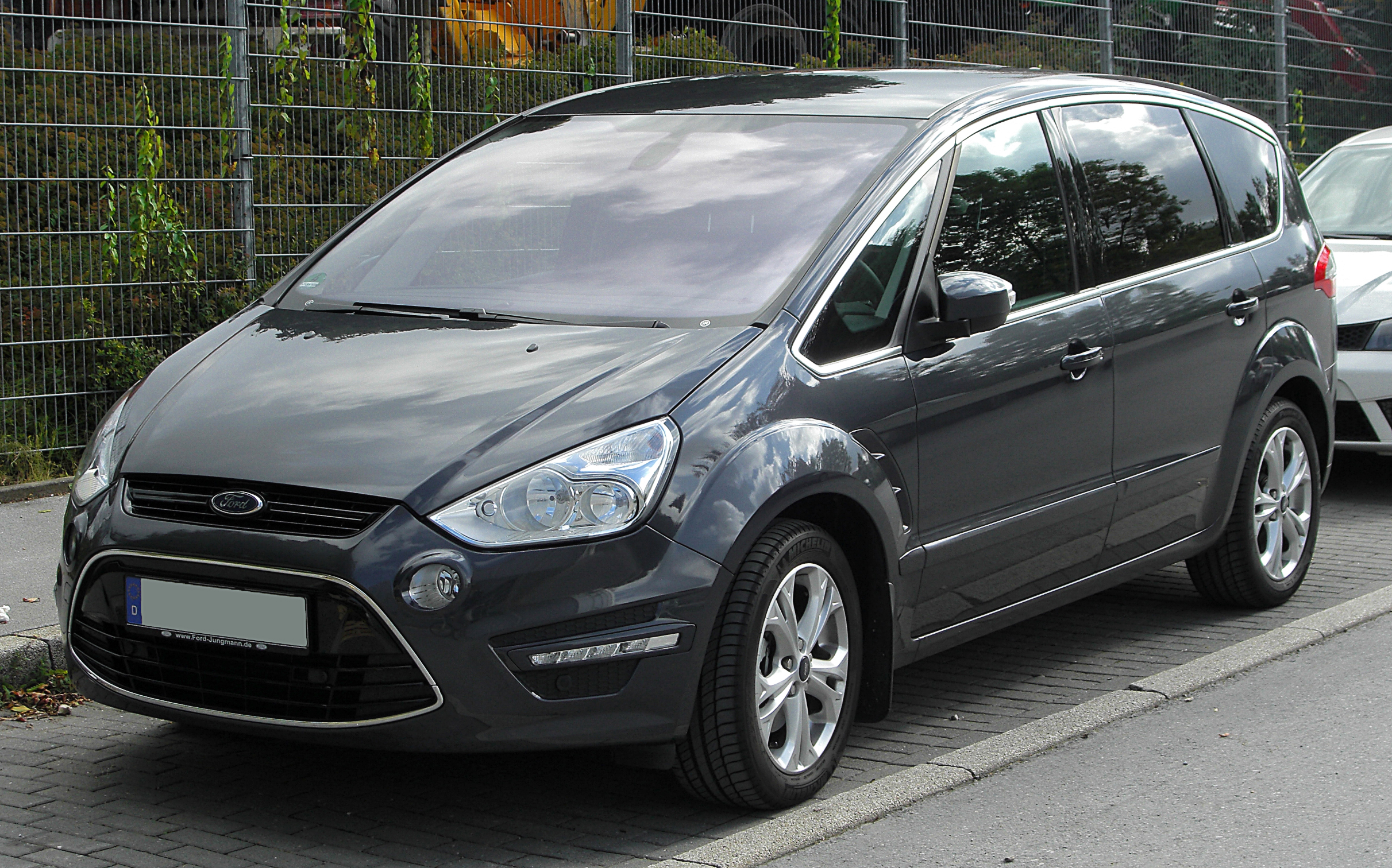 file ford s max facelift front wikimedia. Black Bedroom Furniture Sets. Home Design Ideas