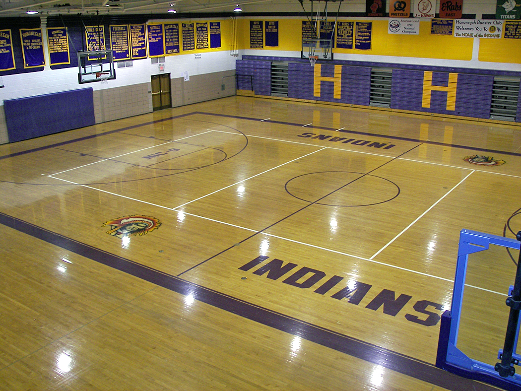 File gym of hononegah high school rockton illinois for Basketball gym dimensions