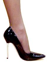 66cd3a3e7e Zapato de tacón de aguja.