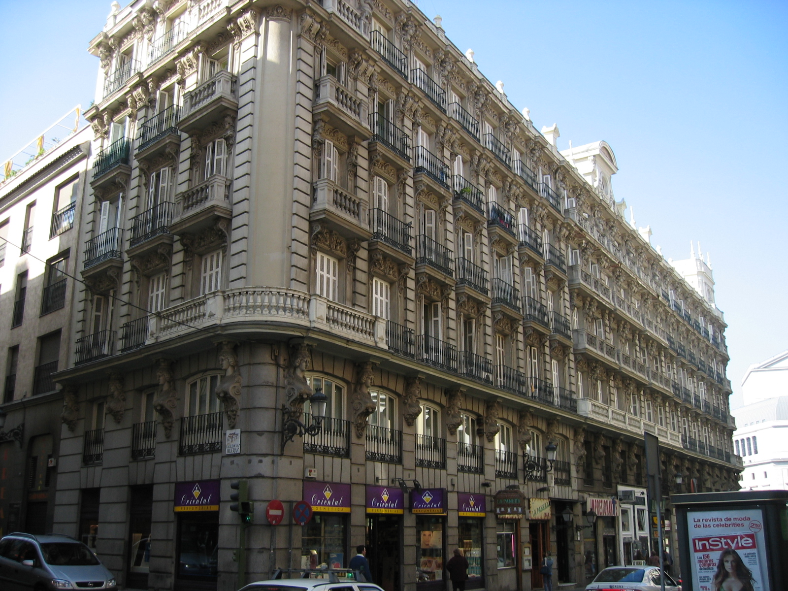File hotel internacional arenal 19 madrid for Hotel arenal madrid