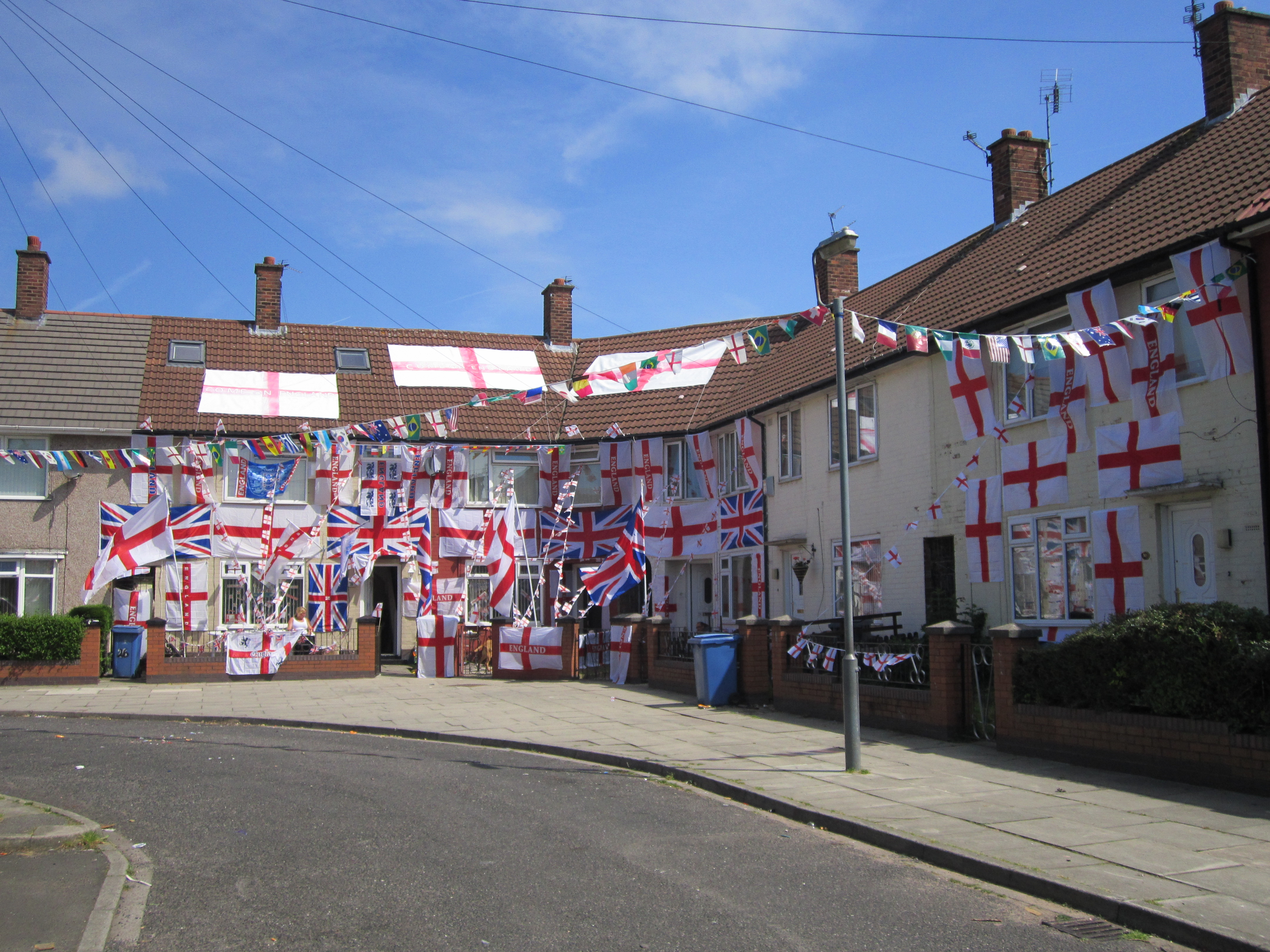 file houses decorated with england flags speke 2 jpg