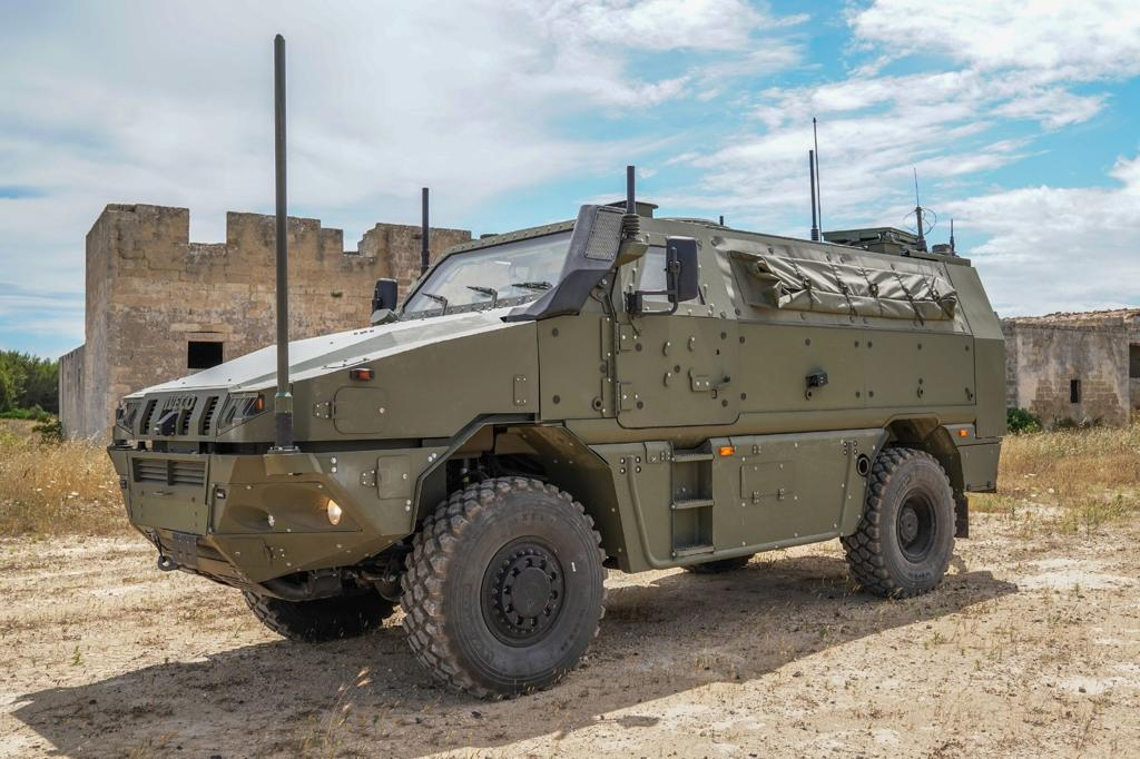 Italian Army - VTMM Orso command post vehicle of the Pinerolo Brigade.jpg