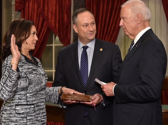 Kamala Harris takes oath of office as United States Senator by Vice President Joe Biden (cropped).jpg