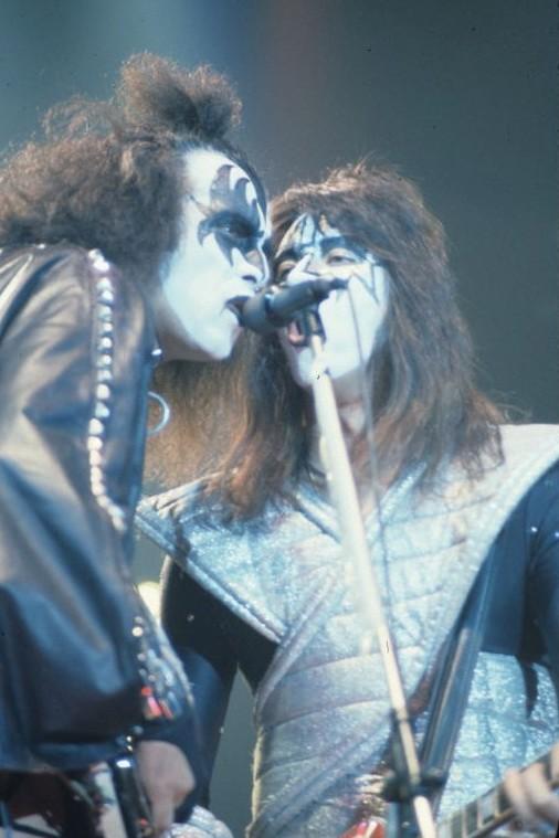 Kiss in New Haven 1978.jpg