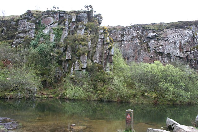 Kit Hill Quarry Face - geograph.org.uk - 1265736