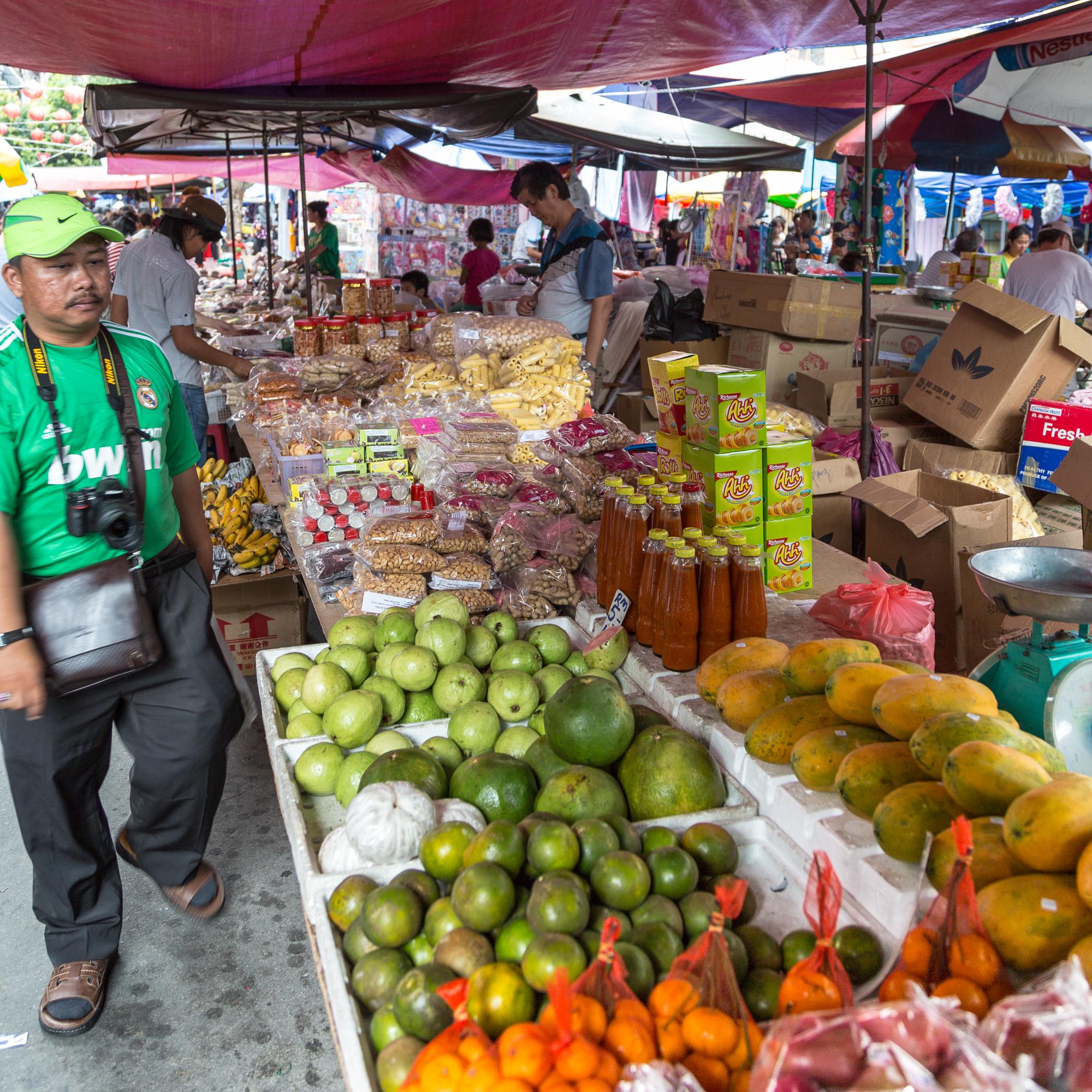 Kinabalu market, Gaya market- Top 10 Things to Do in Kota Kinabalu