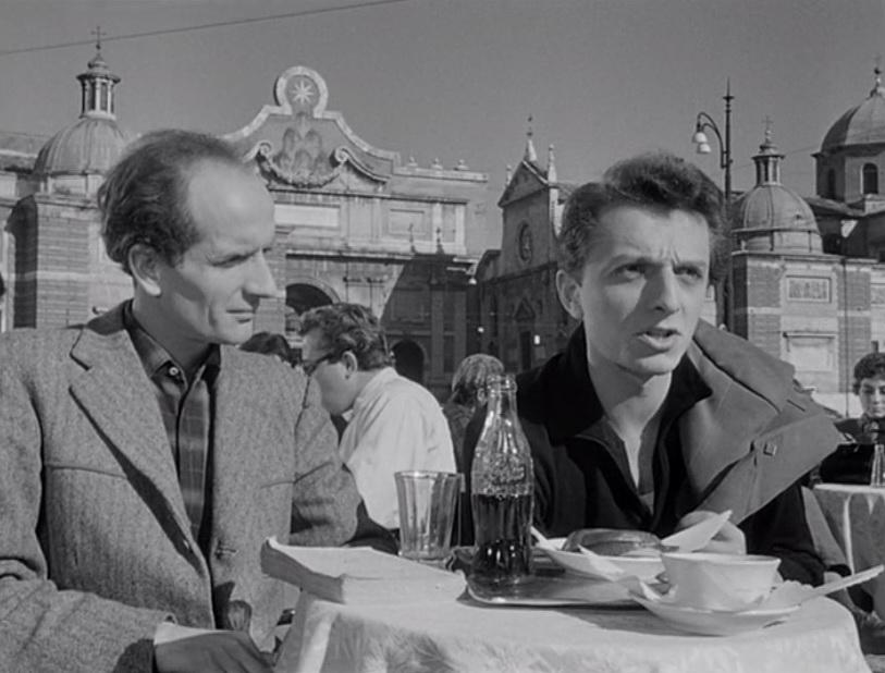 Fernando Cerulli e Franco Migliacci in una scena del film L'arte di arrangiarsi Segue tutti gli studi a Firenze dove la sua famiglia si era stabilita, qui viene notato ad un concorso per giovani attori che gli fa vincere un soggiorno di tre giorni a Cinecittà e un modesto ruolo in un film di Nino Taranto.