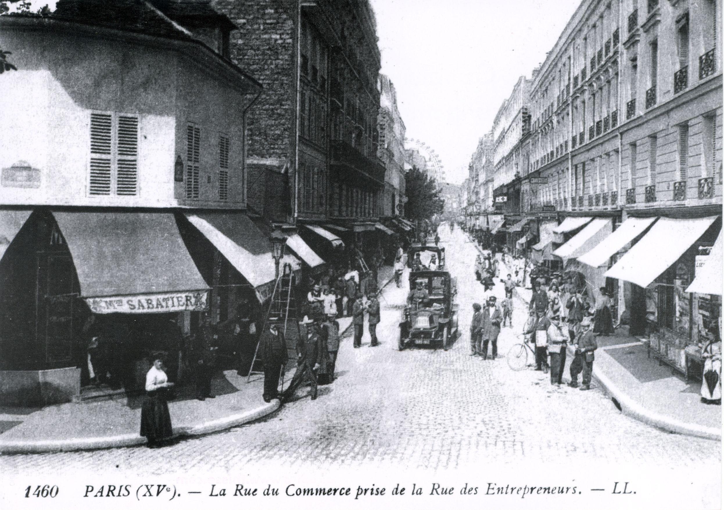 File la rue du commerce prise de la rue des entrepreneurs - Housse de couette rue du commerce ...