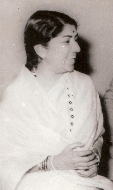 lata mangeshkar old hindi movie songs free