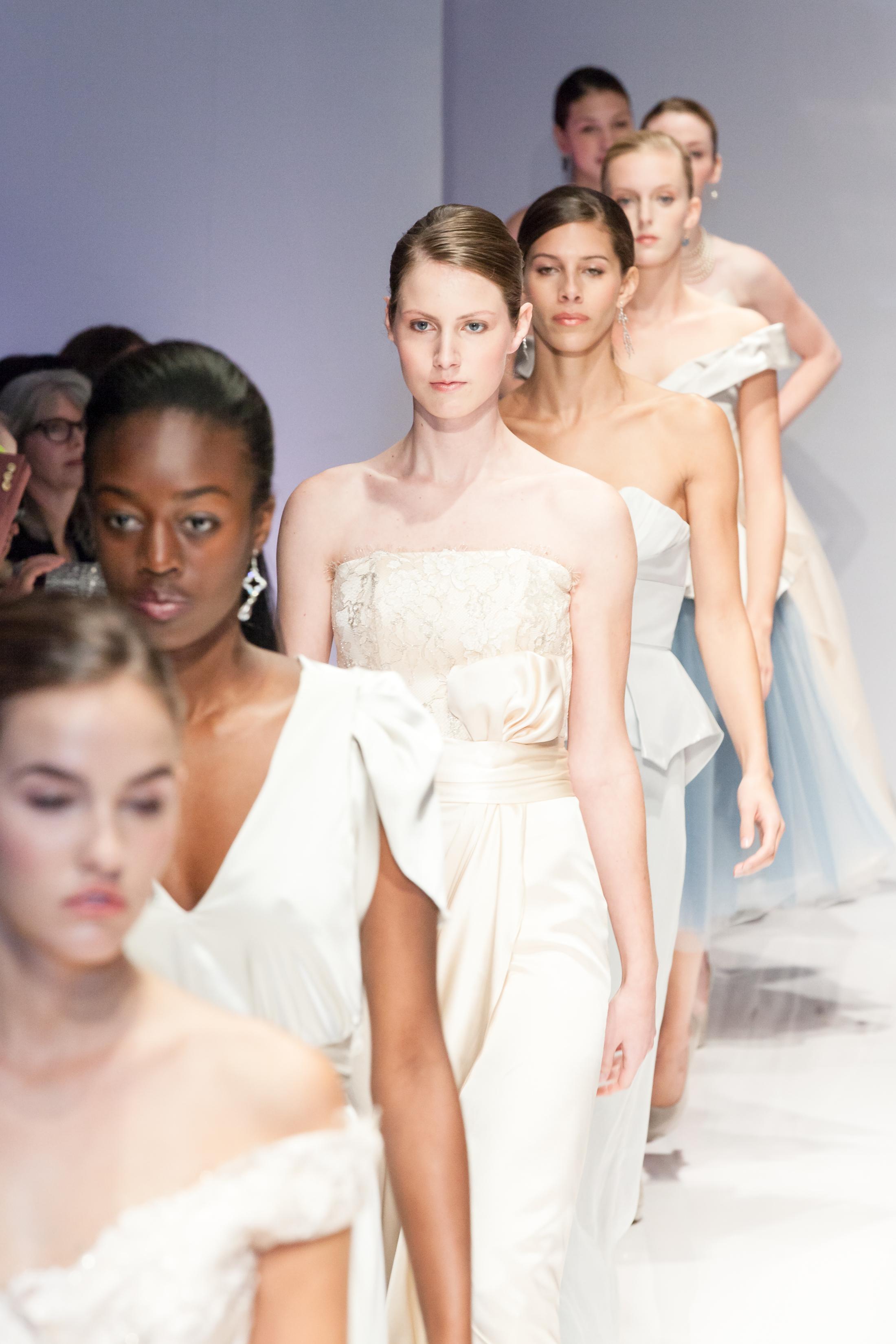 six runway models